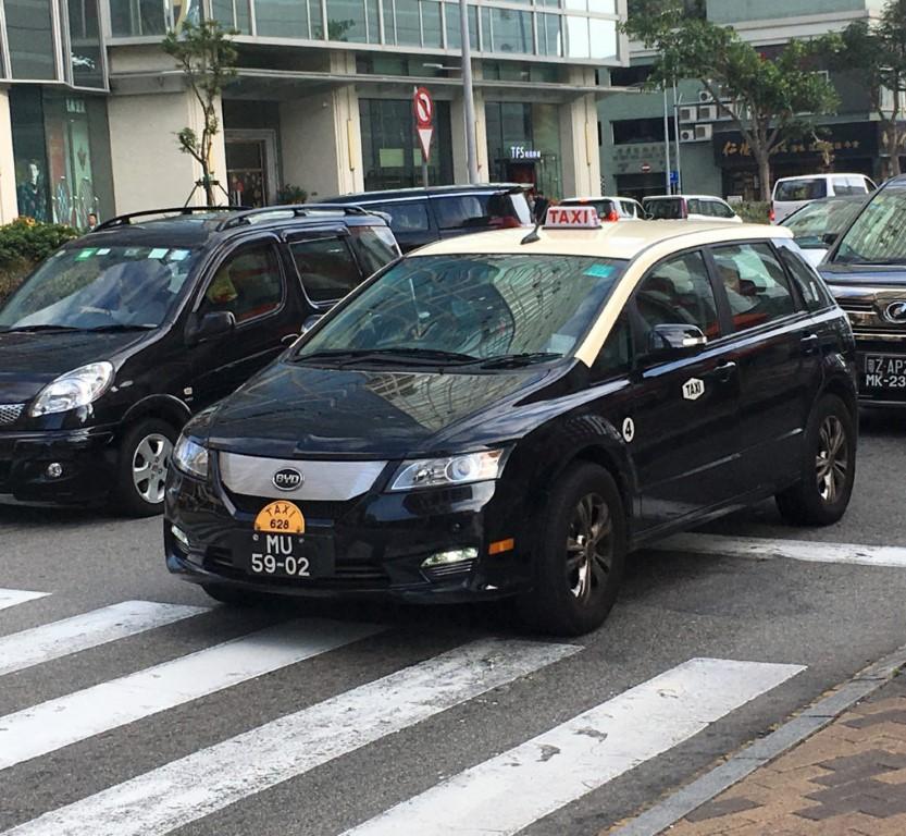 Regime jurídico do transporte de passageiros em automóveis ligeiros de aluguer (III)