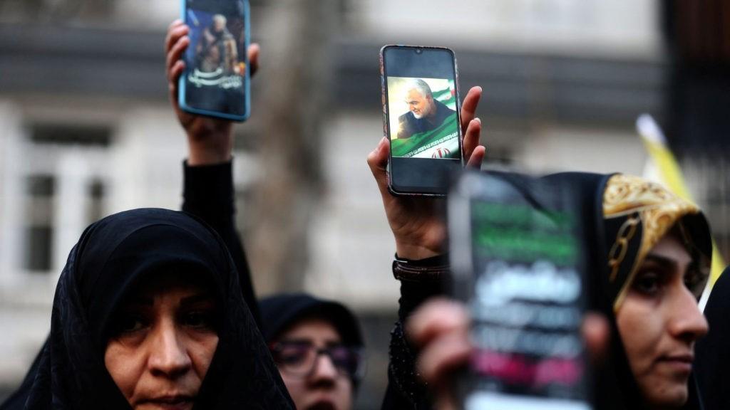 Núncio em Teerão apela a negociações de paz