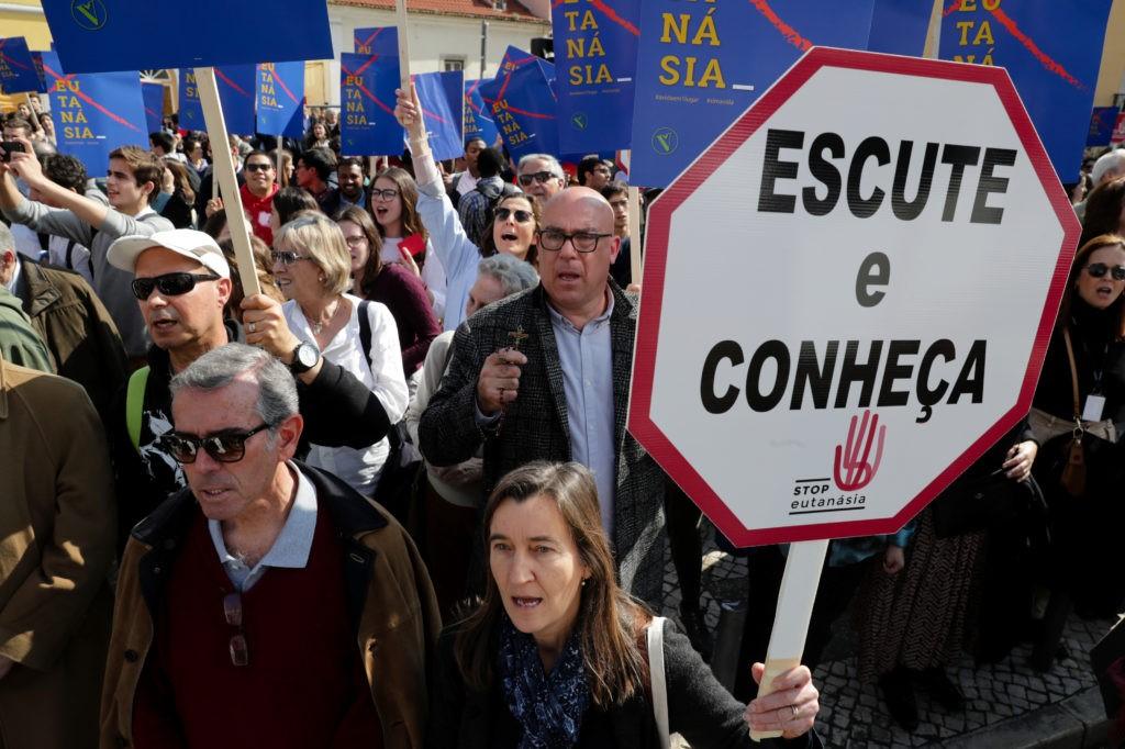 MOVIMENTO STOP EUTANÁSIA LANÇOU MANIFESTO