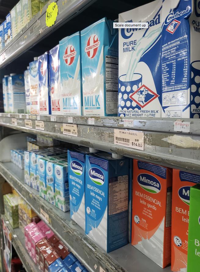 Centro Pastoral Católico ofereceu leite a centenas de pessoas