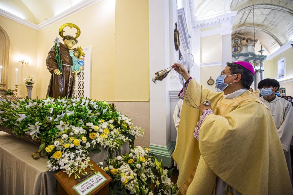 """SANTO CASAMENTEIRO """"APADRINHA"""" BAPTISMO E CRISMA"""