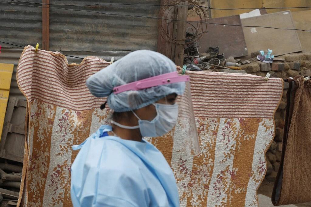 Papa apela a distribuição justa das vacinas