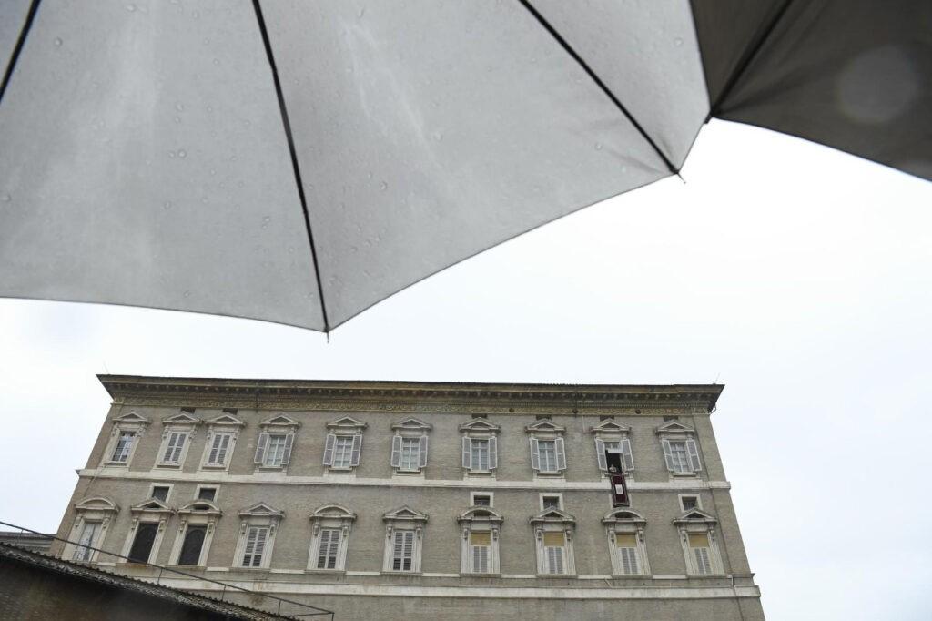 Papa questiona religiosidade de «fachada»
