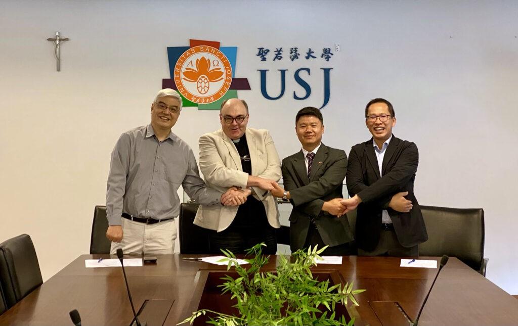 USJ assina acordos de progressão directa com três escolas católicas