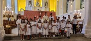 BAPTISMO E PRIMEIRA COMUNHÃO NA SOLENIDADE DE CRISTO REI