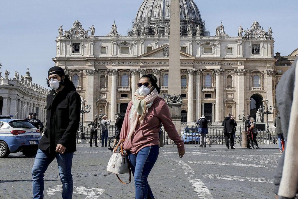 Papa pede «todos os meios» contra a corrupção