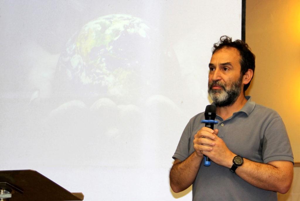 Padre João Eleutério falou sobre a Maximum Illud