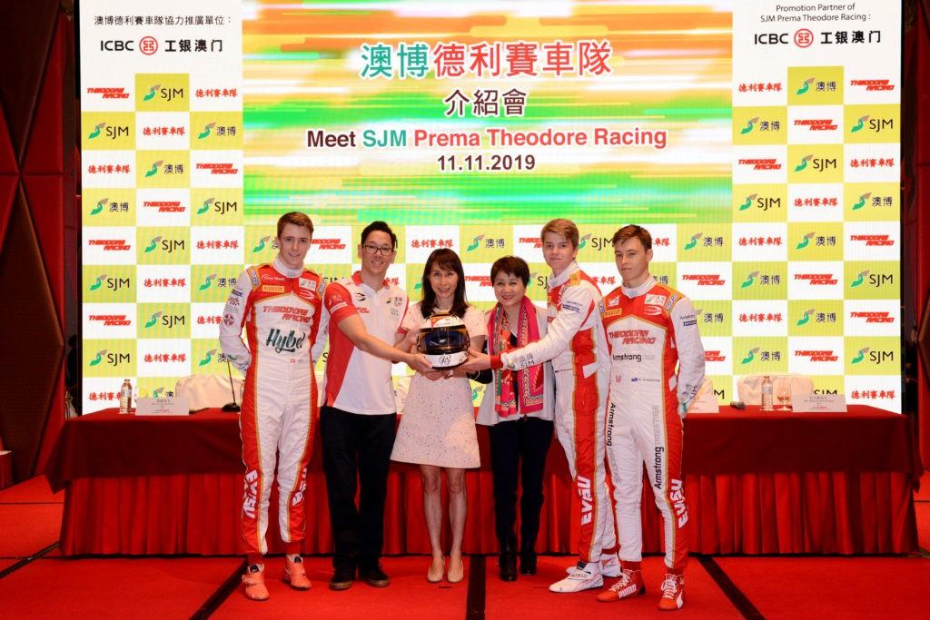 SJM Prema Theodore Racing joga forte cartada