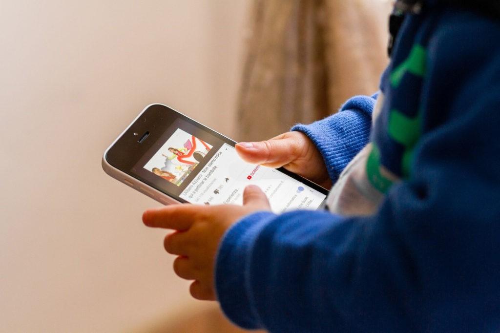 Nascer e crescer na era digital
