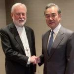 REPRESENTANTE DA SANTA SÉ ENCONTRA-SE COM MINISTRO DAS RELAÇÕES EXTERNAS DA CHINA