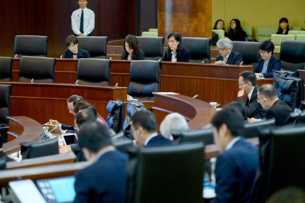 Apresentação breve sobre os trabalhos de recensão e adaptação da legislação previamente vigente em Macau (II)