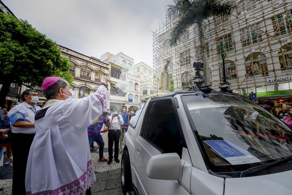 D. STEPHEN LEE CONSAGROU A DIOCESE DE MACAU A NOSSA SENHORA DE FÁTIMA