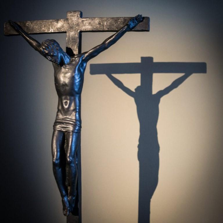 Cruz deve ser sinal de «amor a Deus e ao próximo»