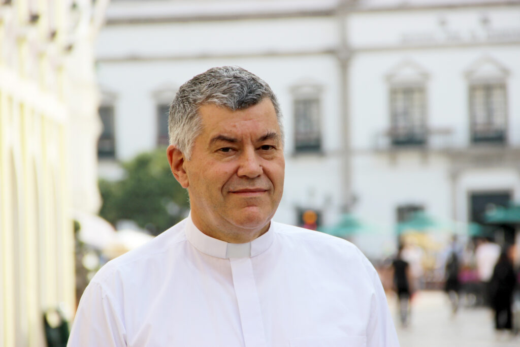PADRE EDUARDO AGUERO