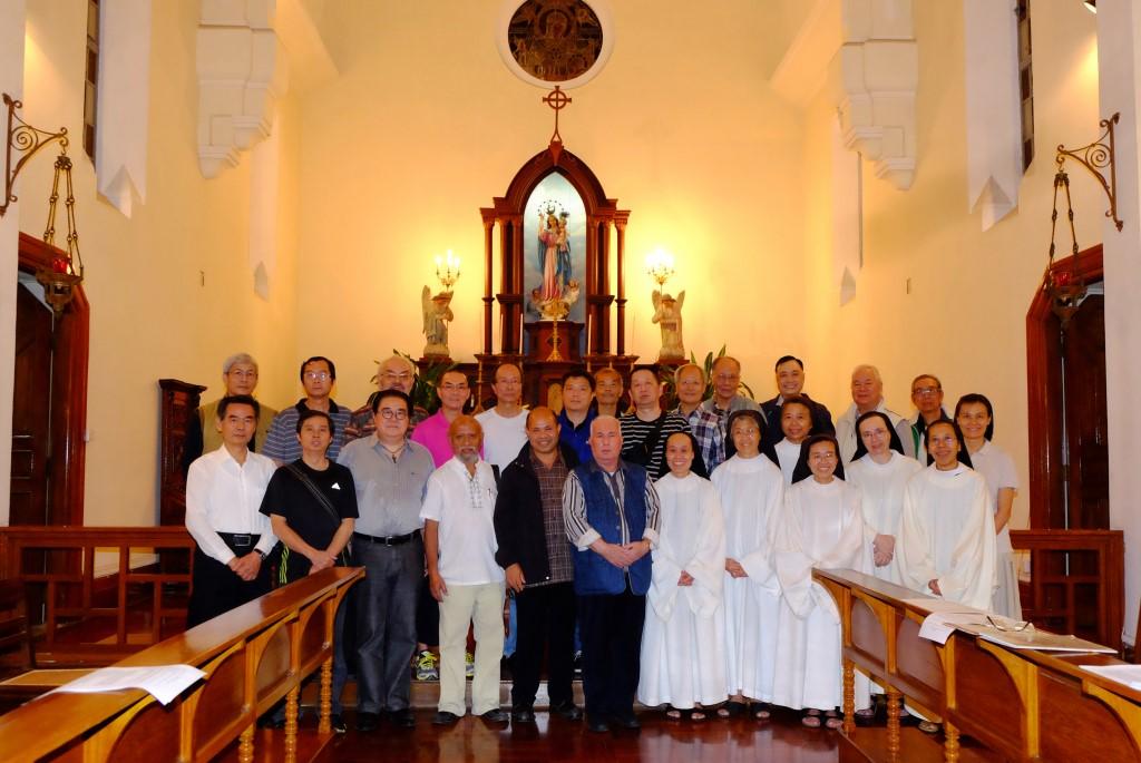 聖多瑪斯合唱團舉行追思彌撒